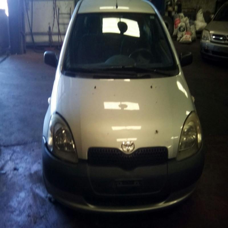 Toyota Yaris (P1) Año: 1999