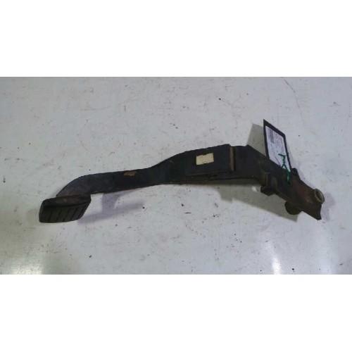 Pedal del freno de Nissan Pick-Up (D22) Año: 1998