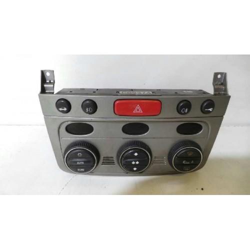Mando del climatizador de Alfa Romeo 147 (937) Año: 2001 07353309240 52492078