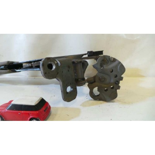 Palanca de freno de mano de Volkswagen Passat (3B3) Año: 2000 3B1711303B